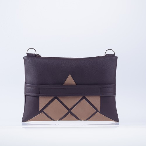 """Chocolate  """"Talisman"""" clutch with cappuccino details"""